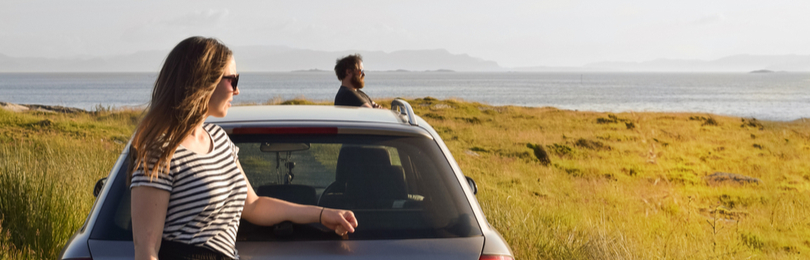 Young_Couple_Summer_Roadtrip_Down_Coast
